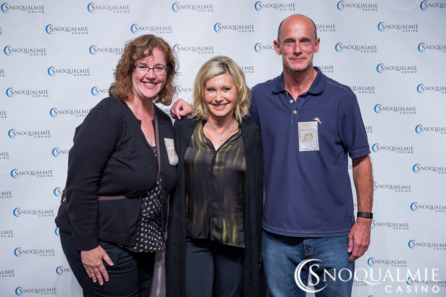 Meet and greet with olivia newton john at snoqualmie casino back to gallery m4hsunfo